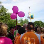 Unsere magentafarbenen Ballons sind schon von Weitem zu erkennen!